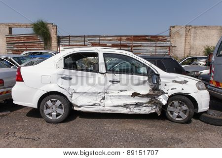 Car crash image with damage to right side