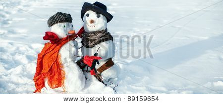Snowmen Couple Dancing