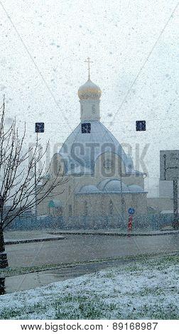 Church under the snowfall