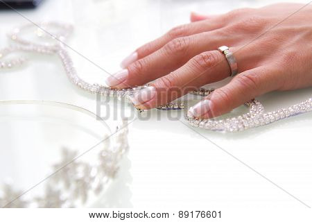 wedding ring on hand bride
