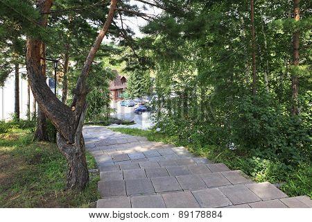 Walking paths in the Sanatorium Russia