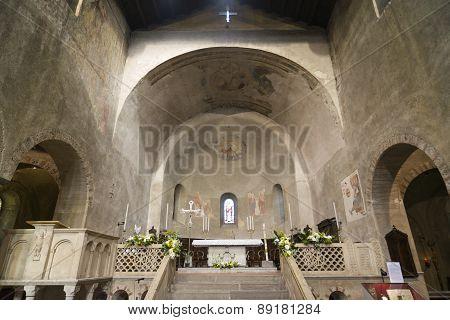 Agliate Brianza - Church Interior
