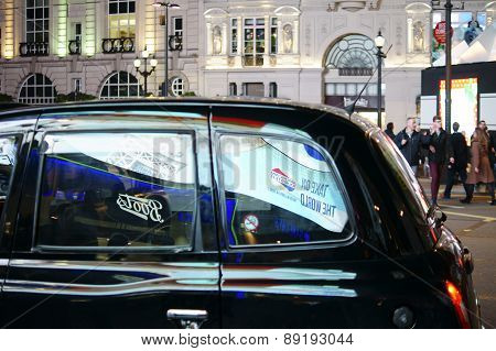 Taxi at Piccadilly Circus