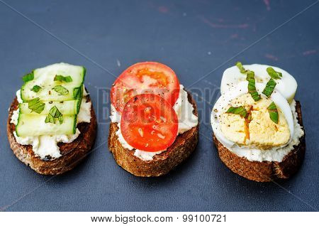 Crostini With Ricotta And Fillings