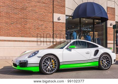 Porsche 911, Woodward Dream Cruise, MI