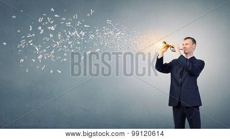 Man play flute