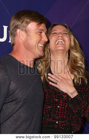 LOS ANGELES - AUG 13:  RIcky Schroder, Jennifer Nettles at the NBCUniversal 2015 TCA Summer Press Tour at the Beverly Hilton Hotel on August 13, 2015 in Beverly Hills, CA