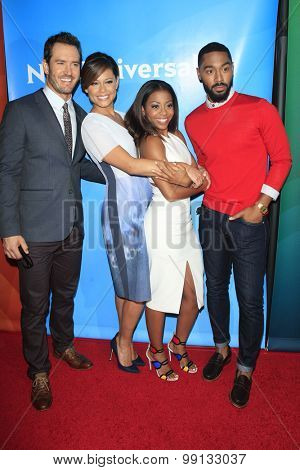 LOS ANGELES - AUG 13:  Mark-Paul Gosselaar, Vanessa Lachey, Bresha Webb, Tone Bell at the NBCUniversal 2015 TCA Summer Press Tour at the Beverly Hilton Hotel on August 13, 2015 in Beverly Hills, CA