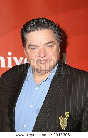 LOS ANGELES - AUG 13:  Oliver Platt at the NBCUniversal 2015 TCA Summer Press Tour at the Beverly Hilton Hotel on August 13, 2015 in Beverly Hills, CA