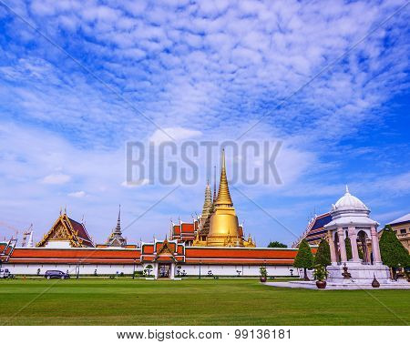 Wat Phra Kaew - The Temple Of Emerald Buddha In Bangkok, Thailand.(no Restrict In Copy Or Use)
