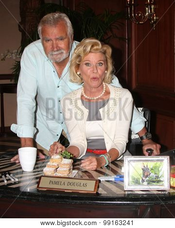 LOS ANGELES - AUG 14:  John McCook, Alley Mills at the Bold and Beautiful Fan Event Friday at the CBS Television City on August 14, 2015 in Los Angeles, CA