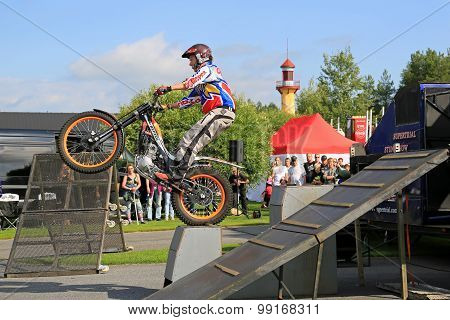 Supertrial Stunt Show By Tommi Ahvala