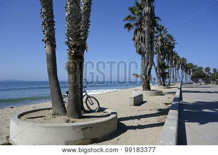 Central Ventura Beach Promenade