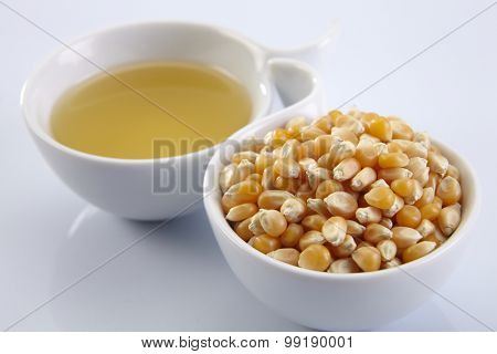 cup of maize and cup of corn oil