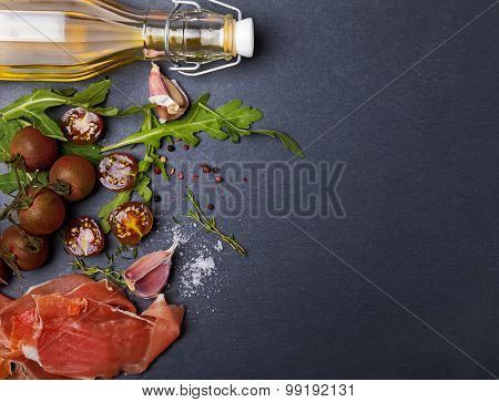 Cherry Tomatoes, Prosciutto, Arugula And Spices