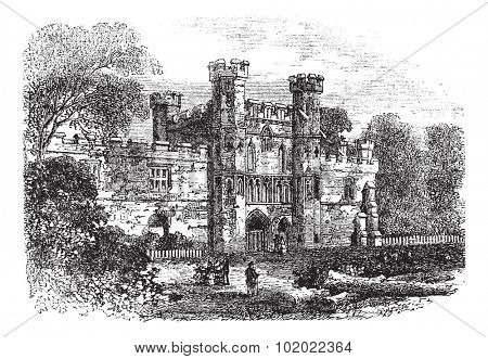 Battle Abbey, Hastings, East Sussex, England vintage engraving. Old engraved illustration of ruins of Battle Abbey in East Sussex, during 1800s. Trousset encyclopedia (1886 - 1891).