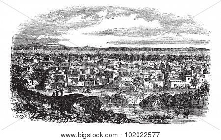 City of Kano, Nigeria vintage engraving. Old engraved illustration of residential structures at Kano, Nigeria, 1800s.  Trousset encyclopedia (1886 - 1891).