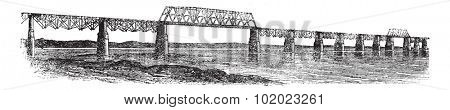 Viaduct Bridge at Louisville, Kentucky, Ohio, USA, vintage engraved illustration. Trousset encyclopedia (1886 - 1891).
