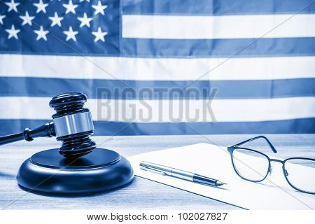The judicial concept, dual tone