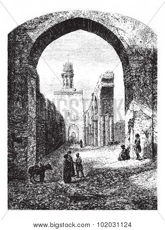 Ruins of the Mosque of Hakim-Biamr-Allah, Cairo, vintage engraved illustration. Magasin Pittoresque 1875.