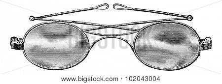 Glasses, X bridge (Secretan), vintage engraved illustration. Usual Medicine Dictionary - Paul Labarthe - 1885.