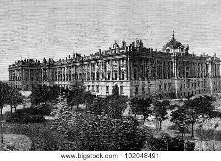 The Royal Palace of Madrid, vintage engraved illustration. Journal des Voyages, Travel Journal, (1879-80).