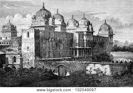 The Raj Mahal (Royal Palace) in Orchha, vintage engraved illustration. Le Tour du Monde, Travel Journal, (1872).
