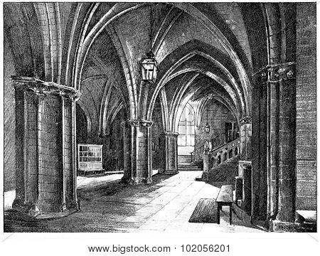 Conciergerie, Guardroom, vintage engraved illustration. Paris - August 1890.