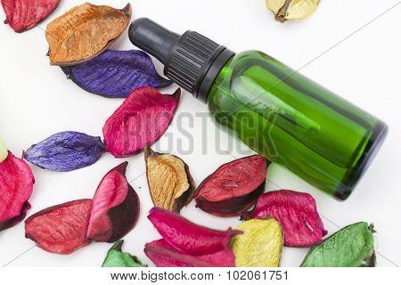 Essential oil and potpourri