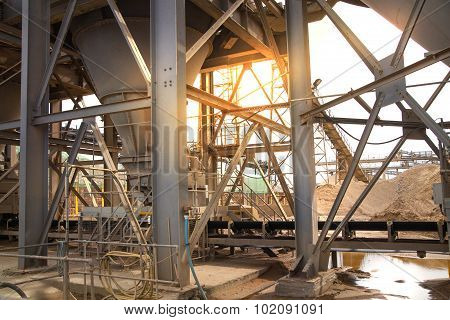 Cement factory machinery, London