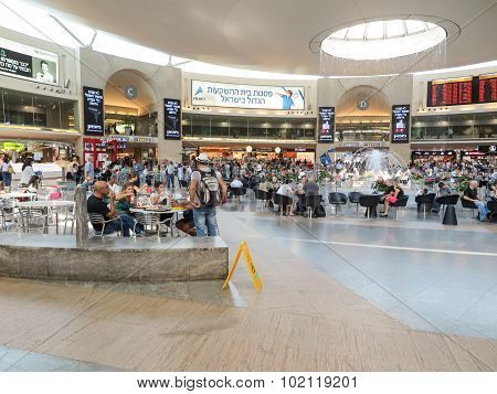 Tel Aviv, Israel - July 16, 2015:waiting Before Departure, Before Departure Airports In Tel Aviv