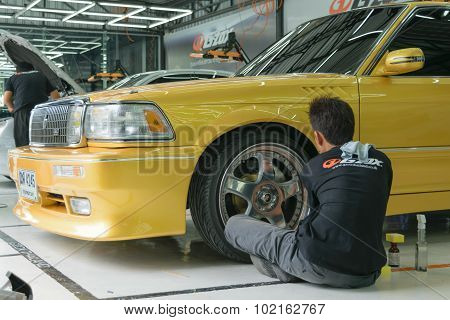 Polishing The Car Wheel