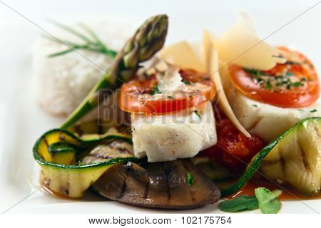 Baked Halibut With Vegetables