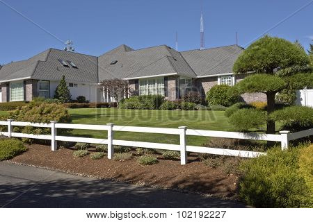 House With The White Fence Oregon.