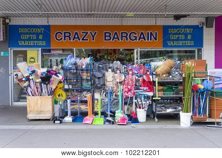 Crazy Bargin Shop