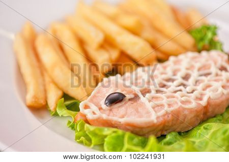 Trout fish with fried potato