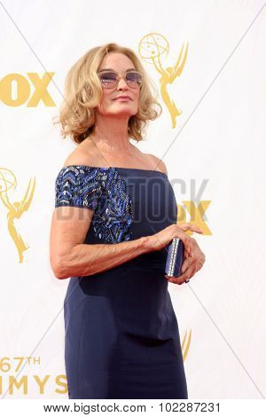 LOS ANGELES - SEP 20:  Jessica Lange at the Primetime Emmy Awards Arrivals at the Microsoft Theater on September 20, 2015 in Los Angeles, CA