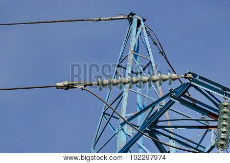 Higher part of electric power transmission line