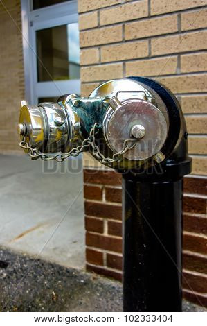 Standpipe With Siamese Connection Device For Fire Hoses