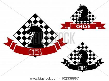 Chess game icons with horse and chessboard