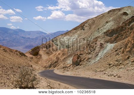 Winding road, Death Valley