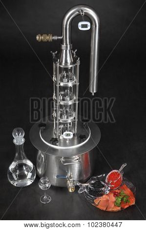 Homemade Distilling Moonshine Still, Stainless Steel Glass Home Brew Apparatus.