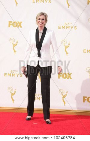 LOS ANGELES - SEP 20:  Jane Lynch at the Primetime Emmy Awards Arrivals at the Microsoft Theater on September 20, 2015 in Los Angeles, CA
