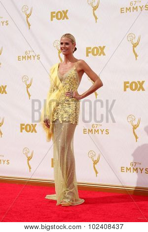 LOS ANGELES - SEP 20:  Heidi Klum at the Primetime Emmy Awards Arrivals at the Microsoft Theater on September 20, 2015 in Los Angeles, CA