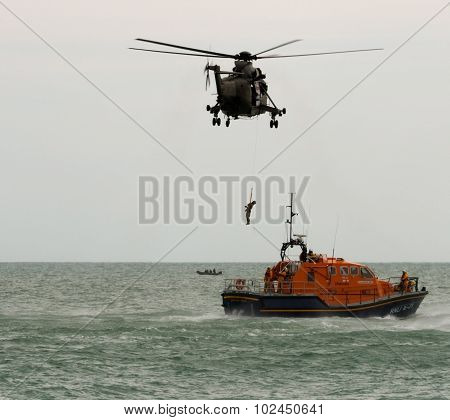 Royal Navy & Rnli Rescue At Airbourne 2015