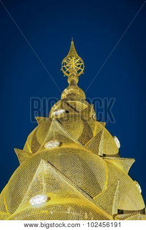 Gold Pagoda Wallpaper