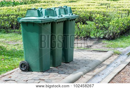 Large Green Bin