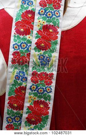ribbon national costume