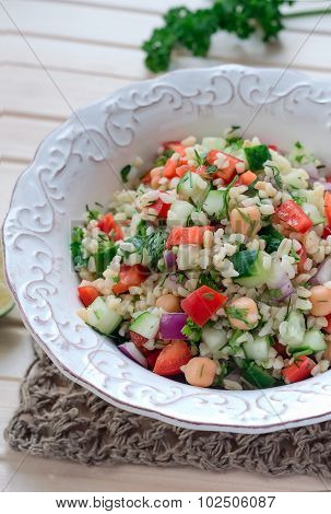 Arabic-style salad of bulgur with vegetables