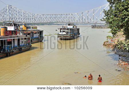 Afternoon Indian Hygiene In Kolkata
